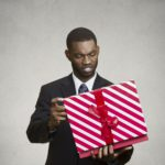 Quelques idées pour offrir un cadeau original à un homme